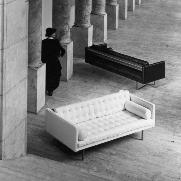 Итальянская мебель для гостиной в стиле модерн